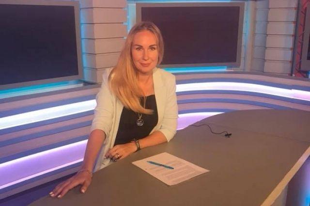 Начальник управления по информационной политике Ольга Лопатинская написала заявление об увольнении.