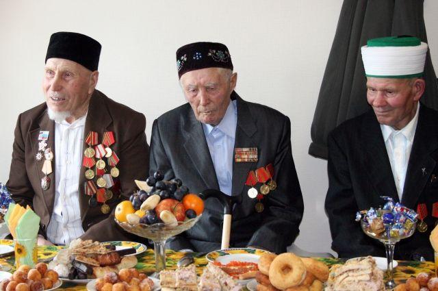 В Тюменском районе обсудили развитие татарской культуры