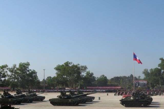 Минобороны РФ продемонстрировало военную технику на параде в Лаосе