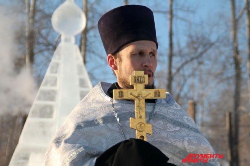 Праздник Богоявления проходит на берегу Иркутского водохранилища с 2001 года.
