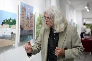 В Петербурге открывается персональная выставка Евгения Антипова.