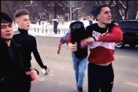 Неизвестные устроили танцы на главной улице Тюмени