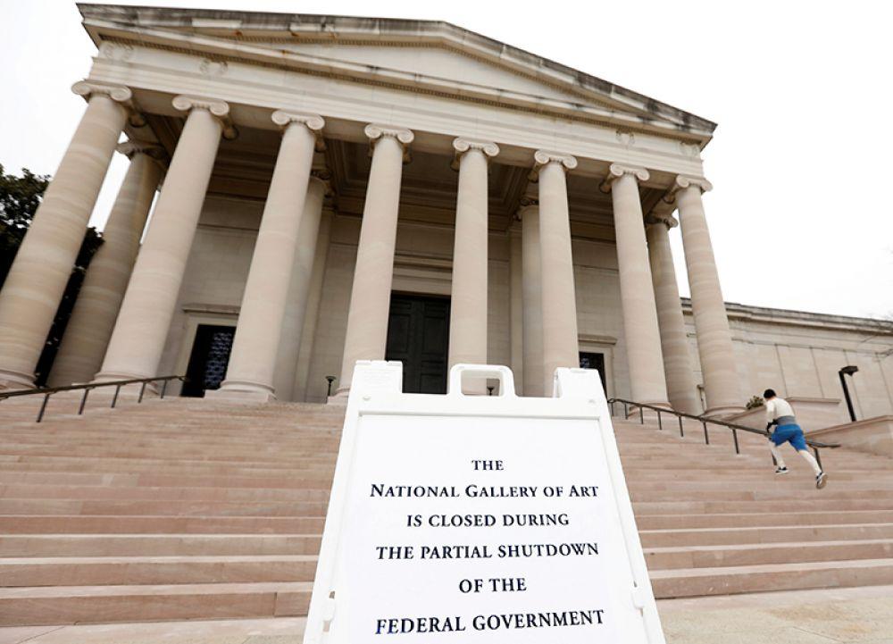 Национальная галерея искусств, закрытая из-за шатдауна.