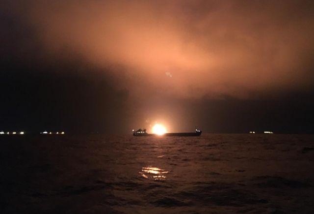Подняты из воды тела 11 погибших при пожаре на судах в Черном море