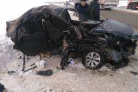 Столкнулись автомобили «Лада Ларгус» и «Лада Гранта», которые двигались во встречном направлении.