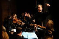 После возвращения из тупа оркестр musicAeterna под управлением Теодора Курентзиса начнёт финальные репетиции новой программы.