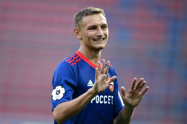 Футболит Федор Чалов заключил новый контракт с ЦСКА
