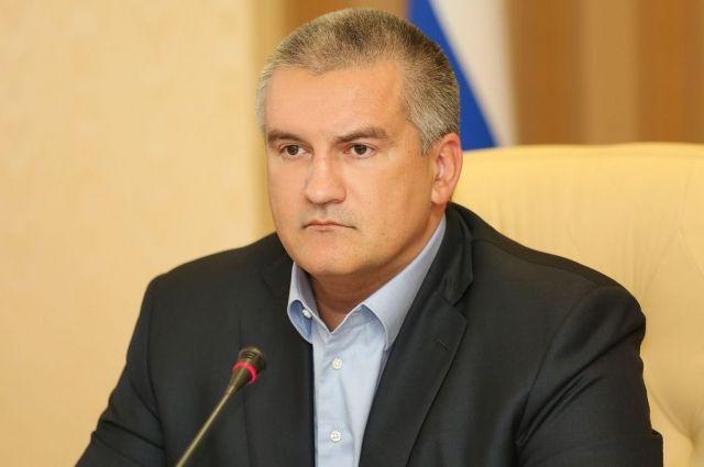 Глава Крыма уточнил, что погибли 10 моряков с горящих танкеров