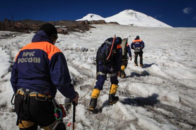 Одна из пропавших три дня назад в горах Урала туристок найдена живой