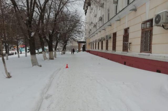 В Оренбурге найден водитель, сбивший женщину около больницы №4