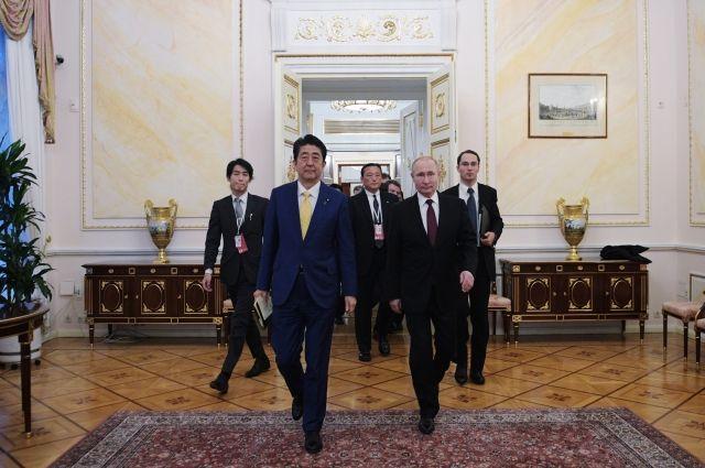 Путин: РФ подтвердила заинтересованность в мирном договоре с Японией