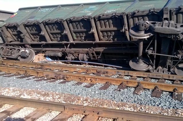 Железнодорожники скрыли от прокуратуры сход двух вагонов в Комсомольске.