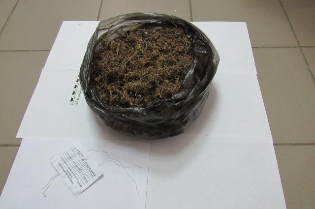 В Абдулино полицейские нашли наркотики на печи дома безработного