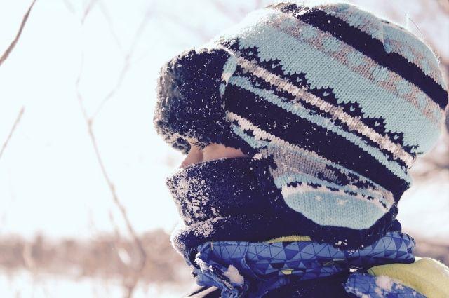 Температура воздуха в неокторых районах опустилаьс до минус 30 градусов.