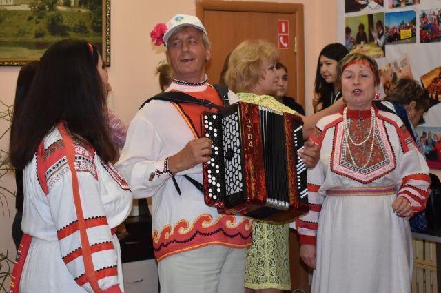 клуб знакомств для пожилых людей москва