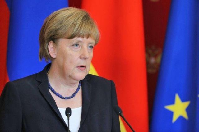 Меркель заявила, что спор о поставках газа преувеличен