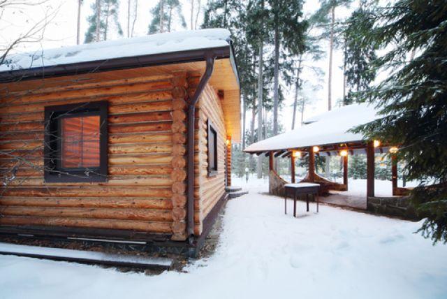 Полезно ли растирание снегом после бани?