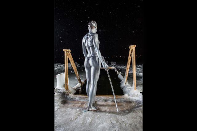 Новосибирская спортсменка Ольга Беспалова снялась в образе «японский воин-ртуть».