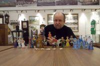 Пока это все персонажи автора проекта «Омская игрушка».