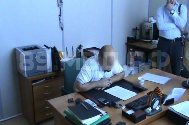 На Ямале осудили группу лиц, занимавшуюся незаконной банковской деятельностью