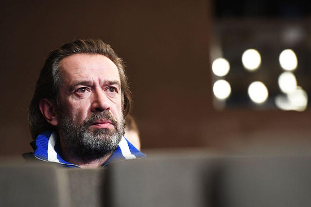 Актёр Владимир Машков победил в номинации «Лучшая мужская роль в кино» («Движение вверх», Антон Мегердичев). На церемонии он не смог присутствовать.