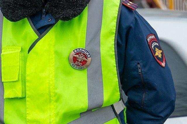 Сотрудники ГИБДД задержали угонщика автомобиля