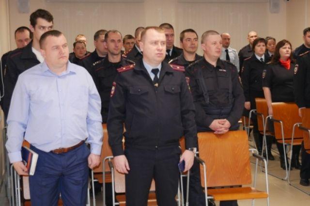Голышмановские полицейские и общественники почтили подвиг Ленинграда