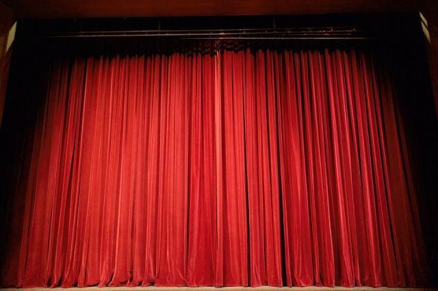Театралы из «Фаворита» поселка Боровский готовится к гастрольным турам