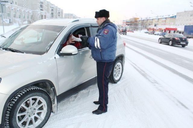 В Ноябрьске полицейские проверили «Злостных неплательщиков»