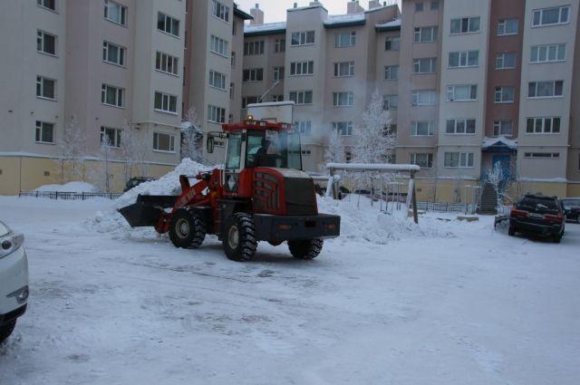 В Салехарде проверяющие остались недовольны уборкой снега УК «Доверие»