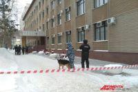 В Оренбурге спецслужбы проверяют здания школ и больниц.