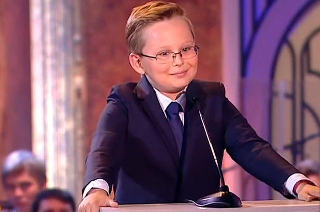 Миша Попов в шоу «Синяя птица».
