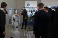 Говорит робот Светалана.
