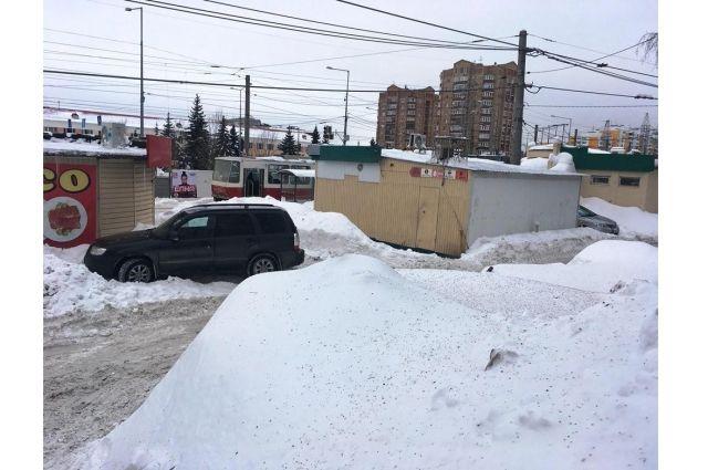 Место ДТП: дворовый проезд в районе дома № 323 «Ж» по ул. Ново-Садовой