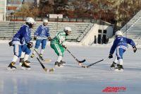 тюменские хоккеисты обыграли спортсменов из Астаны