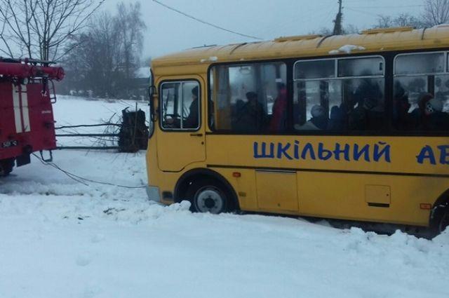 На момент дорожно-транспортного происшествия в автобусе находилось 15 школьников.