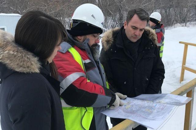 Руководитель компании, занимающейся ликвидацией Коркинского разреза, рассказал главному федеральному инспектору о планах и текущих работах.