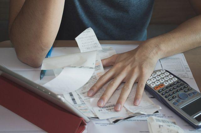 В Салехарде за долги отключили коммунальные ресурсы 30 абонентам