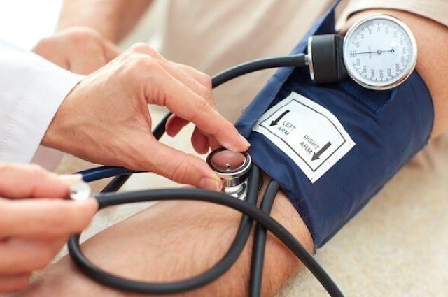 Врачи назвали простые способы борьбы с высоким артериальным давлением