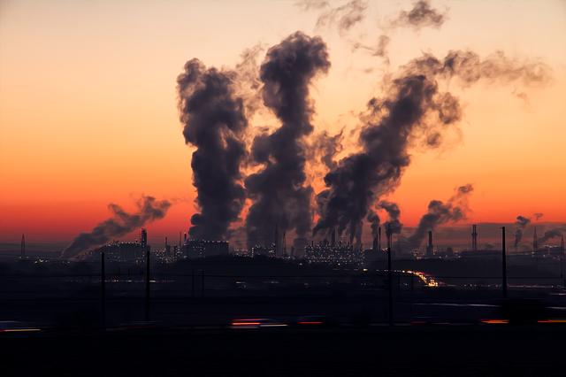 В Орске экологи зафиксировали превышение ПДК вредных веществ