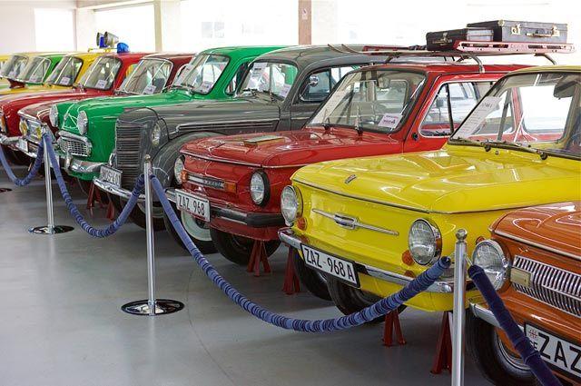Автомобили «ЗАЗ −968».