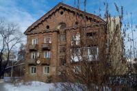 Дома на ул. Социалистический представляют собой образцы типичной западноевропейской архитектуры. Там, правда, их снаружи штукатурят.
