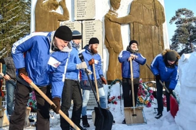Отряд «Старая гвардия» в 2017 году в поселке Зимари Калманского района.