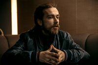В Ижевске Децл устроил саундчек, поужинал и отправился отдохнуть в гостиницу перед концертом. После отправился на выступление.