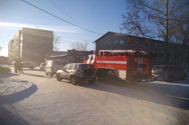 «Мерседес» сгорел на костре в Кировском районе Новосибирска