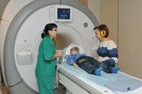 Сеанс магнито-резонанской томографии в краевой детской клинической больнице.