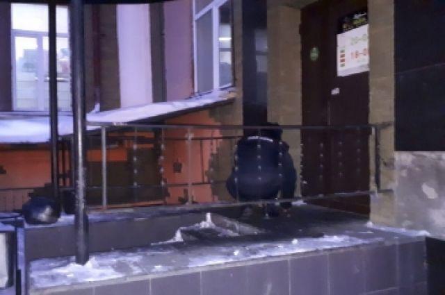 В Орске задержан подозреваемый в убийстве юноши у ночного клуба