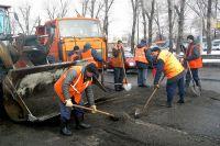 Ямочные ремонты начнутся в тех местах, где позволяют дорожные условия.