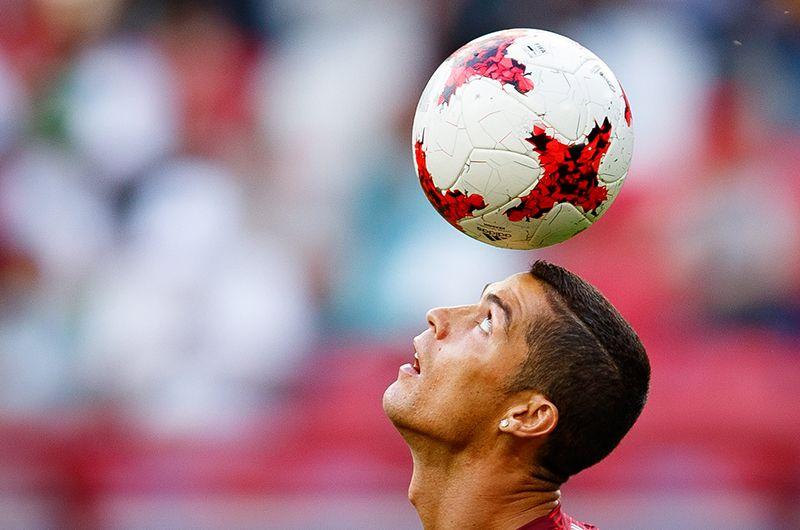 Вместе с Роналду «Реал» завоевал 15 трофеев — четыре победы в Лиге чемпионов, три победы в клубном чемпионате мира, по две победы в чемпионате Испании, Кубке Испании, Суперкубке УЕФА и Суперкубке Испании.