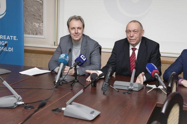 Врио ректора Кирилл Марков и научный руководитель ННГУ Евгений Чупрунов рассказали о перспективах развития вуза.